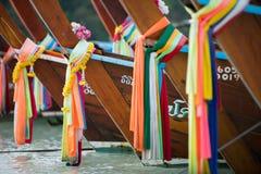 Tête d'un bateau de longue queue photos stock