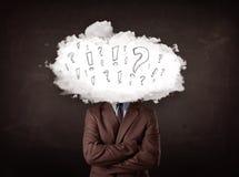 Tête de nuage d'homme d'affaires avec la question et les marques d'exclamation Image stock
