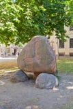 Tête en pierre à Riga, Lettonie Site de l'UNESCO images stock