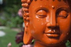Tête orange de Bouddha Photo libre de droits