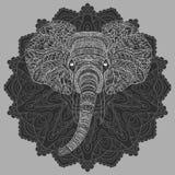 Tête stylisée d'un éléphant Portrait ornemental d'un éléphant Dessin noir et blanc indien mandala Vecteur Image stock