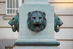 Têtes en bronze des lions, à Vienne Photo libre de droits