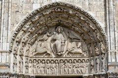 Tímpano central del portall real en la catedral nuestra señora de C Fotografía de archivo libre de regalías