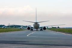 Título de los aviones para seguirme coche Fotografía de archivo libre de regalías