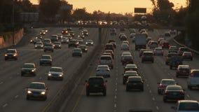 Título del tráfico del La hacia puesta del sol metrajes