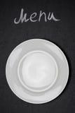 Título do menu escrito com giz e a placa branca na placa preta Fotografia de Stock