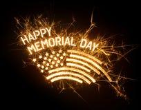 Título FELIZ brillante de MEMORIAL DAY con la bandera Imágenes de archivo libres de regalías