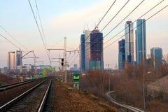 Título Railway ao centro de negócios Fotos de Stock