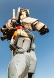 TÓQUIO - 22 DE MAIO DE 2016: Terno móvel sem redução Gundam No cano principal Foto de Stock Royalty Free