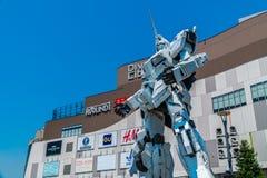 TÓQUIO JAPÃO - 1º DE AGOSTO DE 2018: Gigante bonito Unicorn Gundam Model imagem de stock royalty free