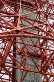 Tóquio - Japão, o 18 de junho de 2017: Feche acima da construção do ferro Fotos de Stock