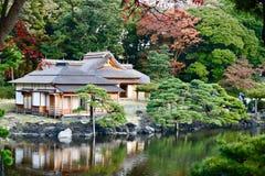Tóquio japonês do jardim de Hamarikyu do jardim fotos de stock royalty free