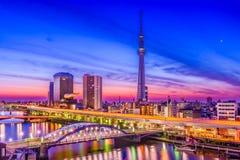 Tóquio, skyline da cidade de Japão Fotos de Stock