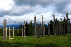 Tótemes poste, Canadá foto de archivo