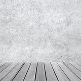 Töm den abstrakta inre med betongväggen Royaltyfria Foton