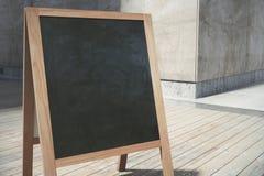 Töm den svarta menuboardcloseupen royaltyfri foto