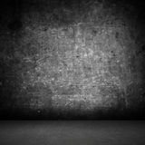 Töm rum med grungeväggbakgrund Royaltyfri Fotografi