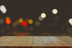 Töm träskrivbordet med suddigt av ljus bokeh Royaltyfri Fotografi