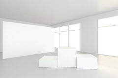 Töm vitt rum med en sockel för presentation framförande 3d Royaltyfria Bilder