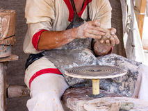 Töpfer bildet Keramik Stockfotografie
