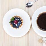Törtchen mit neuem berrie stockbilder