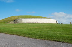 Túmulo da passagem de Newgrange Fotos de Stock Royalty Free
