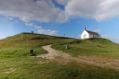 Túmulo do Saint Michel em Carnac, Brittany foto de stock royalty free
