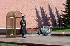 Túmulo memorável do soldado desconhecido em Moscou Fotografia de Stock Royalty Free