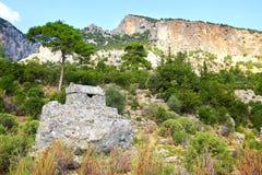 Túmulos da rocha em Pinara, Turquia Fotos de Stock