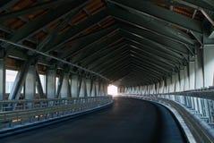 Túnel curvado estrada em Italy Fotos de Stock Royalty Free