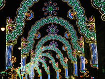 Túnel de las luces de la Navidad Imagen de archivo libre de regalías