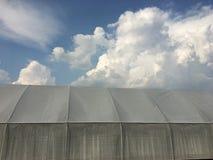 Túnel de los invernaderos para la agricultura foto de archivo