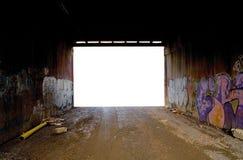 Túnel del camino con la pintada Imágenes de archivo libres de regalías