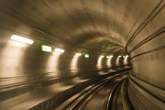 Túnel del metro, movimiento enmascarado Foto de archivo