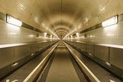 Túnel del St Pauli Elbe, Hamburgo, Alemania imagen de archivo libre de regalías