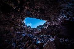Túnel indiano Lava Tubes Cave foto de stock