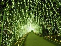 Túnel ligero en iluminaciones en Enoshima foto de archivo