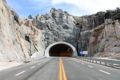 Túnel na parte dianteira foto de stock royalty free
