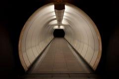 Túnel peatonal Fotos de archivo libres de regalías