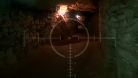 Túnel subterrâneo abandonado velho escuro Catacumbas do vintage do Grunge Fundo assustador para as forças armadas da procura vídeos de arquivo