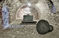 Túnel subterrâneo em Peter The Great Sea Fortress, Tallinn, Estônia fotos de stock royalty free