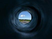 Túnel y camino a la pista mística lejana Foto de archivo libre de regalías