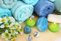 Tücher, Seifen, Blume, Kerzen Lizenzfreie Stockfotografie