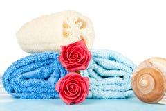Tücher und Rosen stockfoto