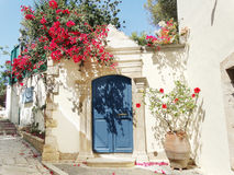 Tür achitecture Detail im Hotel, das Griechenland errichtet Stockfotos
