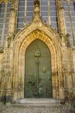 Tür bei Kloster Unser Lieben Frauen, Magdeburg Stockfotografie