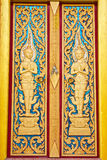 Tür bei Wat Chalong, Phuket, Thailand Lizenzfreie Stockfotografie