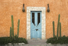 Tür in Bernal Lizenzfreie Stockbilder