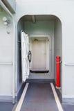 Tür in der Marinelieferung Lizenzfreie Stockfotos