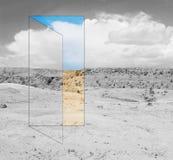 Tür in der Schönheit Lizenzfreies Stockfoto